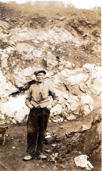 Joe Riddell Snr at Drybrae Quarry, Glacks