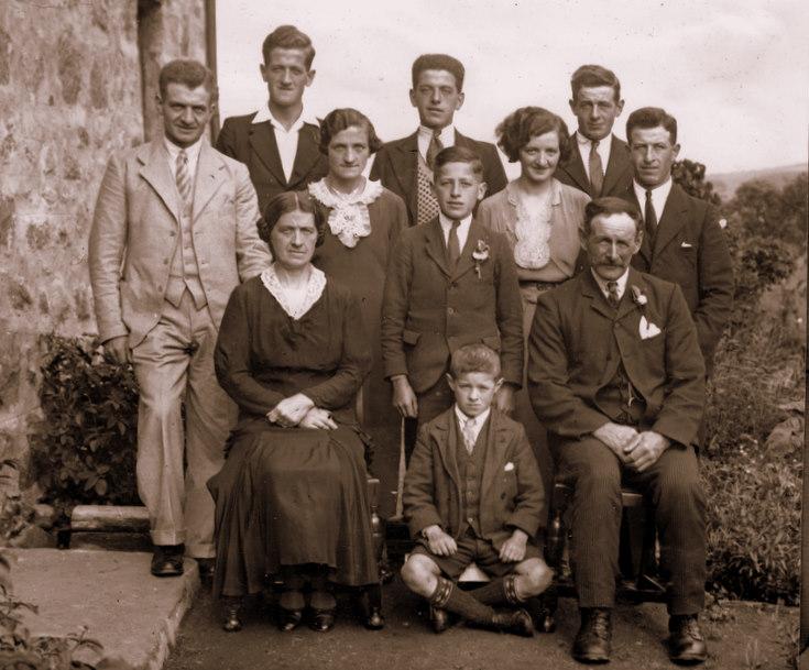 Bruce Family, at Auchinleith, Lumsden