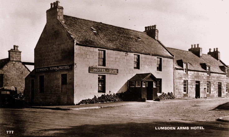 Lumsden Arms Hotel