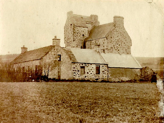 Balfluig Castle, Alford