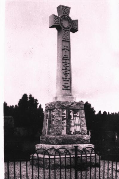 War memorial, Alford