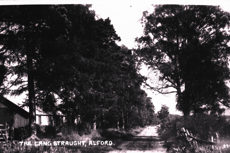 The Lang Stracht, Alford