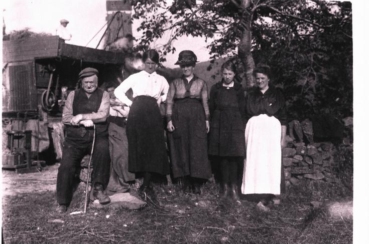 Farm Workers near Alford