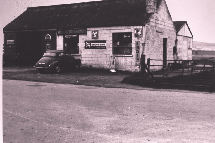 Haughton Garage with Morris Minor