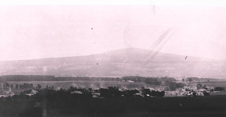 Alford looking east towards Cairn William