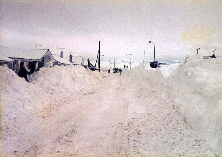Aberdeen Road, Alford under snow
